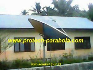 LNB KU Band Prime Fokus di Pasang pada Parabola Solid 6 Feet