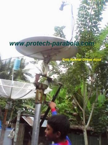 1 Gambar Modifikasi Dish Indovision/Okevision/TOP TV dengan Mounting Bekas Parabola