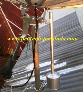 17 Bandul sudah terpasang pada mounting parabola